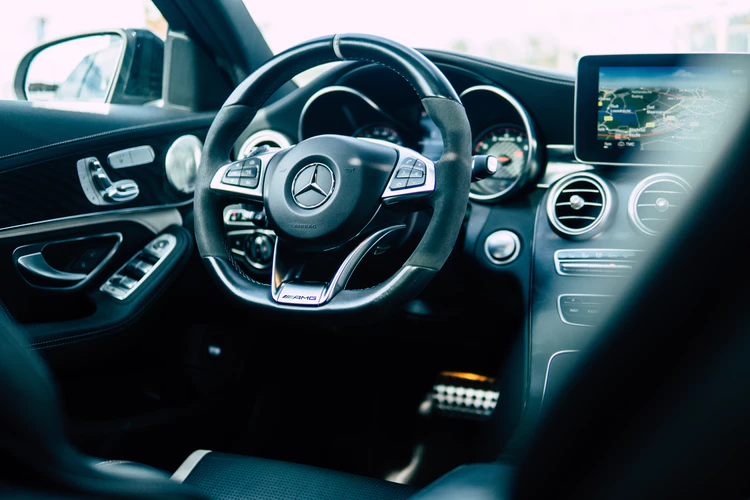 The Most Important Things To Consider When Buying A Used Car mercedes steering wheel