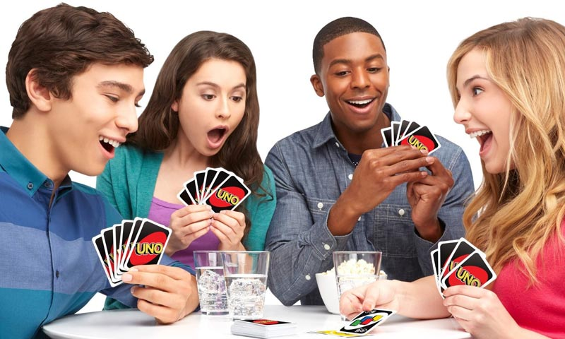 how to play uno
